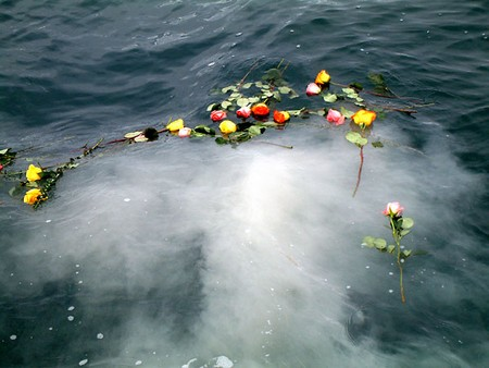 Scattering cremation ashes at sea